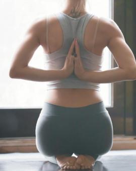 Комплекс упражнений для спины: растяжка мышц (стретчинг)